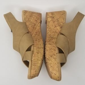 🔥 Chinese Laundry WEDGES Heels Comfortable